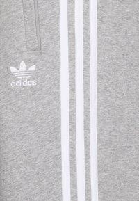 adidas Originals - STRIPES PANT - Tracksuit bottoms - medium grey heather - 2