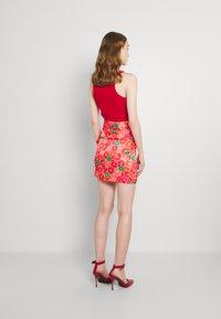 Never Fully Dressed - GRAPEFRUIT JASPRE - Wrap skirt - red/green/orange - 2