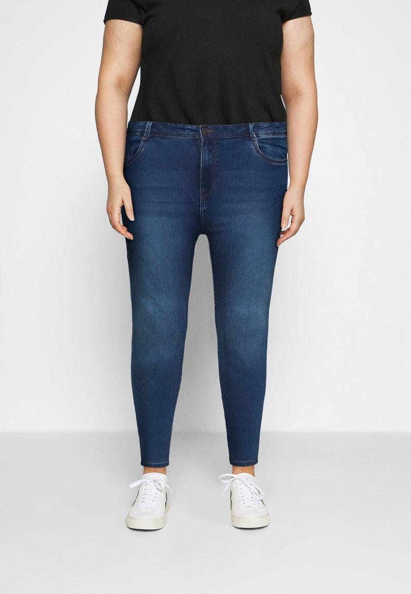 Noisy May Curve - NMAGNES - Jeans Skinny Fit - medium blue denim