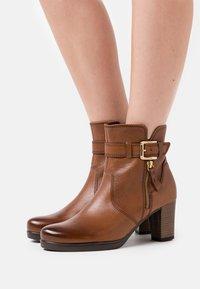 Gabor Comfort - Platform ankle boots - cognac - 0