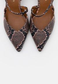 Kurt Geiger London - BURLINGTON SLING - Classic heels - pink - 6