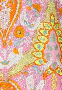 Emily van den Bergh - 1/1 - Blouse - multicolour - 2