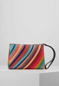Paul Smith - WOMEN BAG WRISTLET - Pochette - multicolor - 2