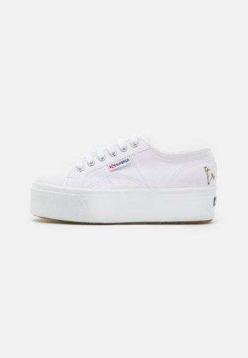 2790  - Sneakersy niskie - white/grey/silver birch