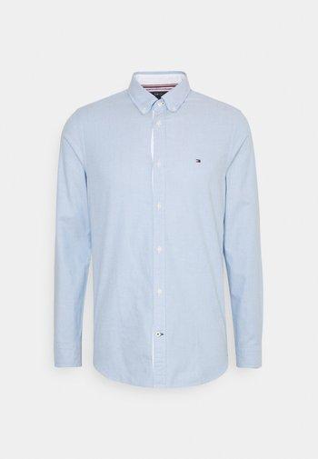 SLIM FLEX DOBBY - Skjorta - copenhagen blue