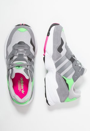 YUNG-96 - Sneakers - grey two/grey heather/shock pink