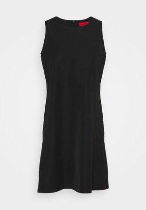 PUGNO - Robe d'été - black