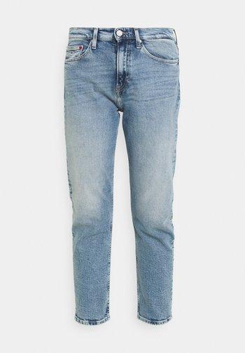 IZZIE SLIM ANKLE - Jeans slim fit - denim light