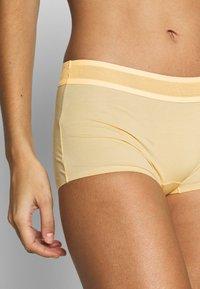 Sloggi - EVER FRESH SHORTY - Pants - egg yellow - 4