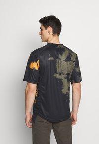 Dakine - THRILLIUM  - T-Shirt print - dark olive - 2