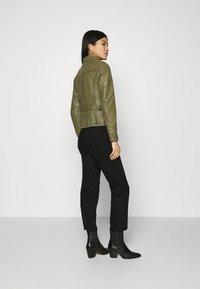 Oakwood - IOTA - Leather jacket - khaki - 2