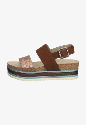 Platform sandals - multi cear
