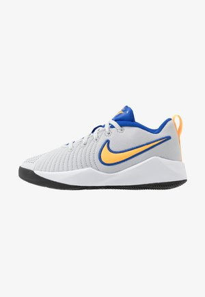 TEAM HUSTLE QUICK 2 UNISEX - Basketbalové boty - pure platinum/laser orange/hyper royal