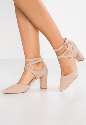 LEATHER CLASSIC HEELS - Klassiska pumps - nude