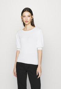 JDY - JDYBRIDGET - T-shirt basic - cloud dancer - 0
