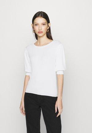 JDYBRIDGET - Basic T-shirt - cloud dancer