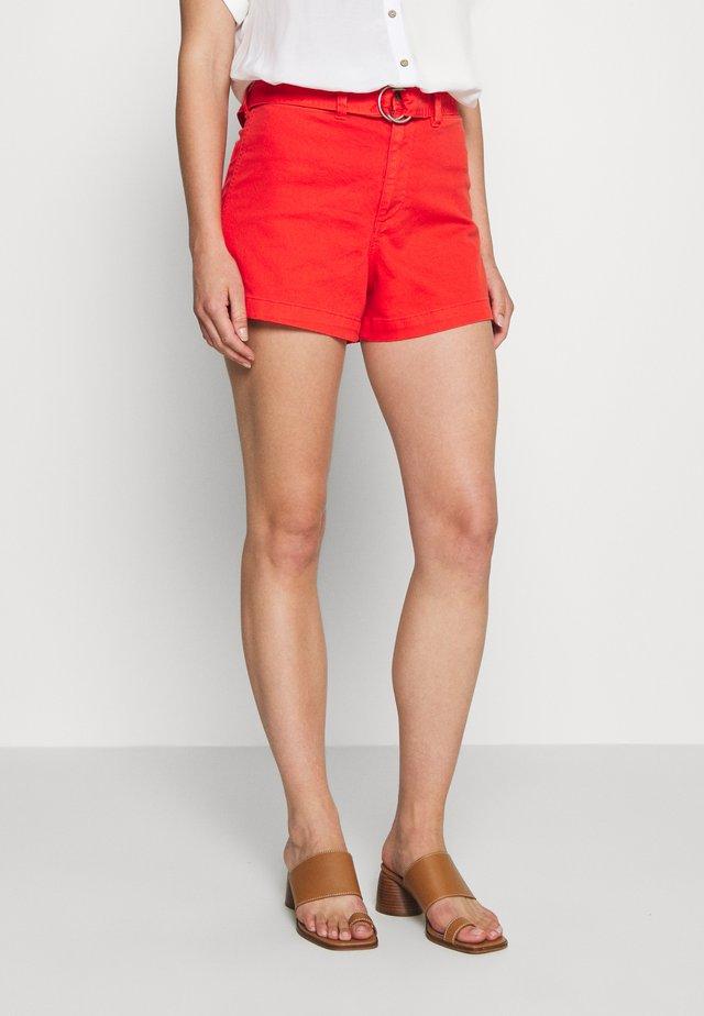 HIGH RISE SEAFARER - Shorts - coral
