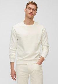Marc O'Polo - Sweatshirt - egg white - 0