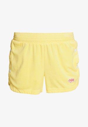 RETRO FEMME - Shorts - topaz gold