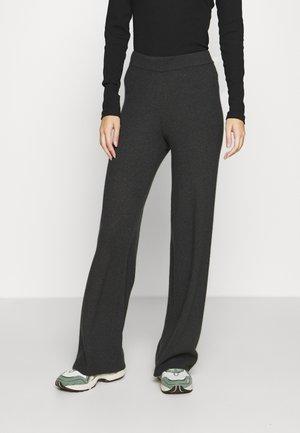 VMNICHOLA TROUSERS - Pantalon classique - dark grey melange
