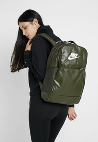 Nike Performance - Rucksack - cargo khaki/white - 5