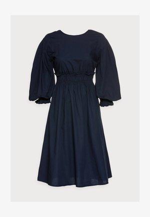 VMAPRIL CALF DRESS - Day dress - navy
