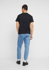 Nike Sportswear - M NSW SS TEE AIR 2 - T-shirts print - black/white - 2