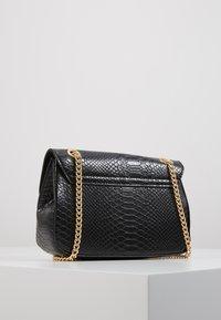 New Look - CHAIN SHOULDER - Torba na ramię - black - 3
