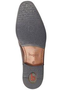 Bugatti - MATTIA  - Oksfordki - brown - 3
