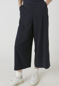 ARMEDANGELS - KAYLAA - Trousers - frozen blue - 0