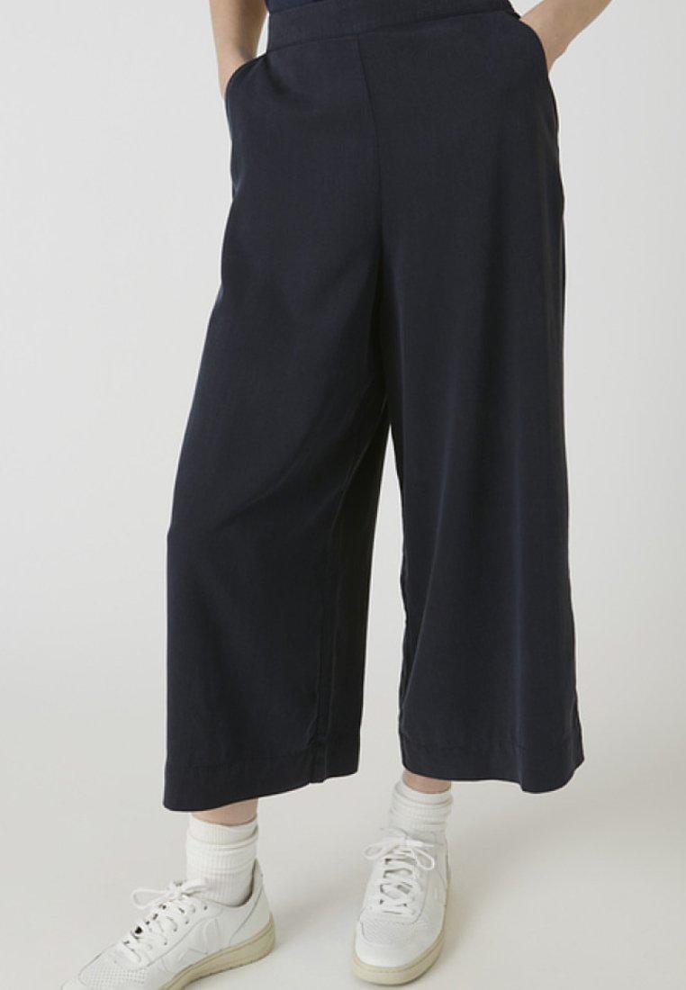 ARMEDANGELS - KAYLAA - Trousers - frozen blue