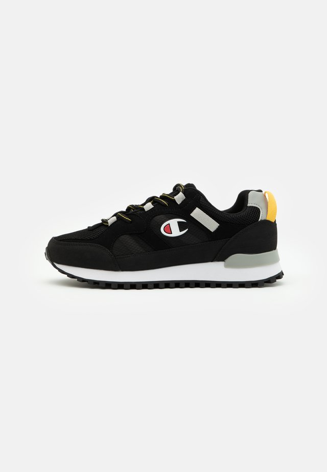 LOW CUT SHOE DSM 165 TREK - Chaussures d'entraînement et de fitness - new black