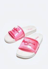 Pepe Jeans - Pool shoes - fresa - 3