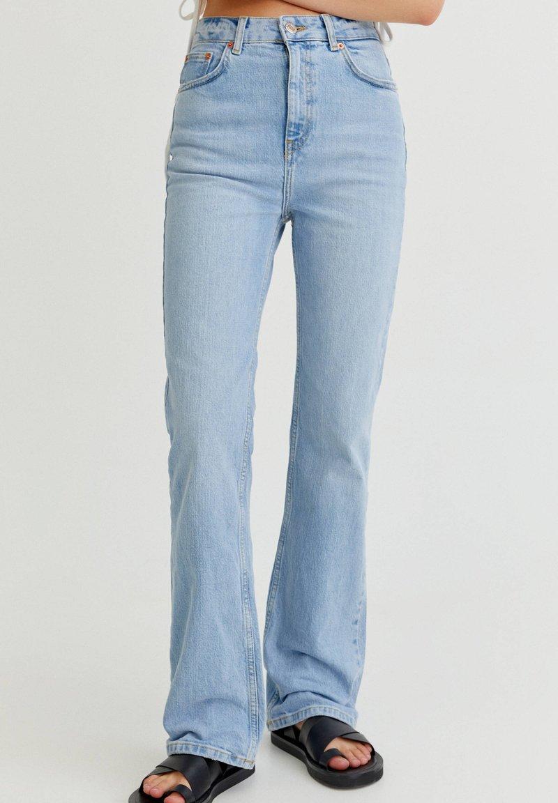 PULL&BEAR - Bootcut jeans - light blue