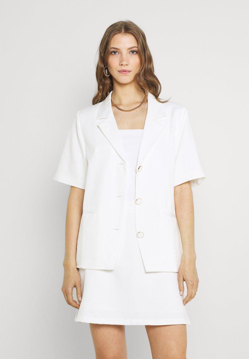 Fashion Union - ROSCOFF - Blazer - white