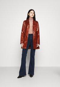 Lee - BREESE - Flared jeans - dark joni - 1