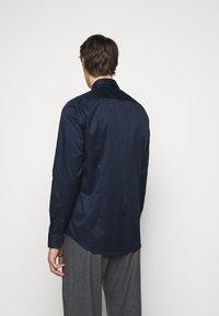 HUGO - JASON - Kostymskjorta - open blue - 2