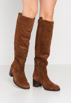 Boots - cognac