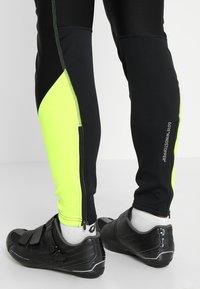Gore Wear - Punčochy - black/neon yellow - 6