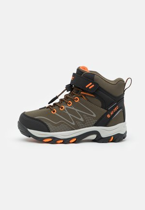 BLACKOUT MID WP JR UNISEX - Trekingové boty - khaki/black/orange