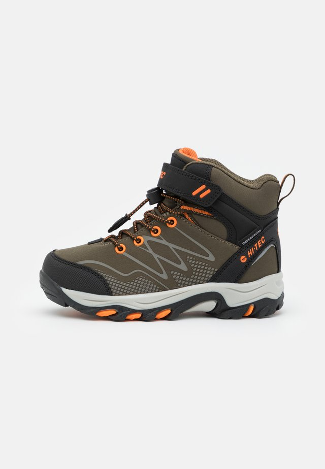 BLACKOUT MID WP JR UNISEX - Hikingsko - khaki/black/orange