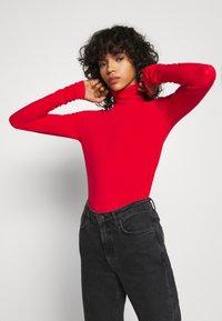 Weekday - CHIE TURTLENECK - Long sleeved top - red - 3