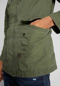 G-Star - BACK POCKET FIELD - Summer jacket - wild rovic - 3