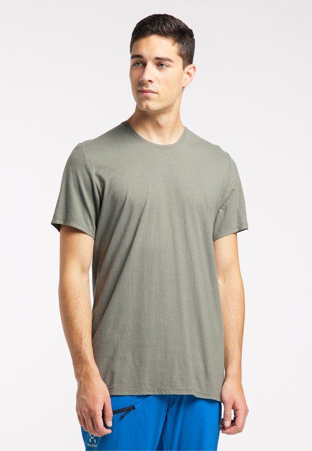Basic T-shirt - lite beluga