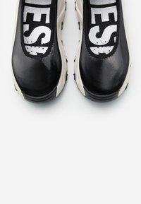 Diesel - HERBY S-HERBY BA W - Ankle cuff ballet pumps - black - 5