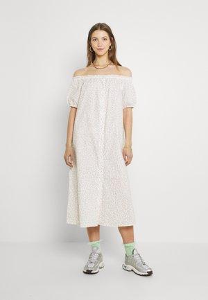 Skjortklänning - white/pink