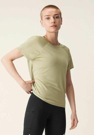 ACTIVE LOGO TEE - T-shirt basic - slate green