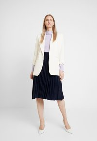 White Stuff - STEM SHIMMER SKIRT - Jupe trapèze - navy - 1