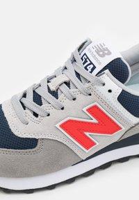 New Balance - 574 UNISEX - Trainers - grey - 5