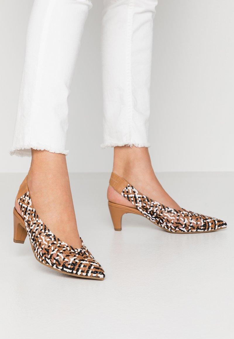 Pedro Miralles - Classic heels - multicolor
